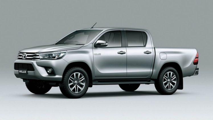 la pick up Toyota Hilix volvió a liderar el mercado general con 1.016 patentamientos, seguida por el Chevrolet Onix (998).